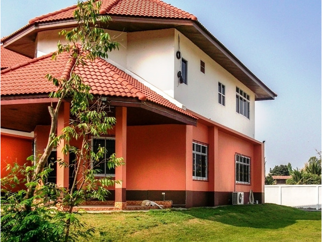 Beautiful 4 bed house Nong Bue near Udon Thani